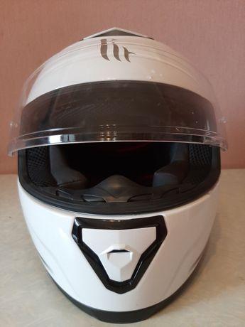 Мотоциклетный шлем MT Hellmets
