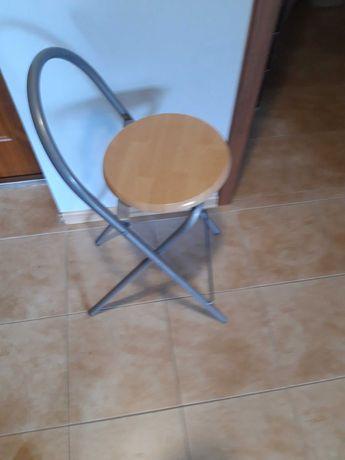 Krzesla kuchene skladane