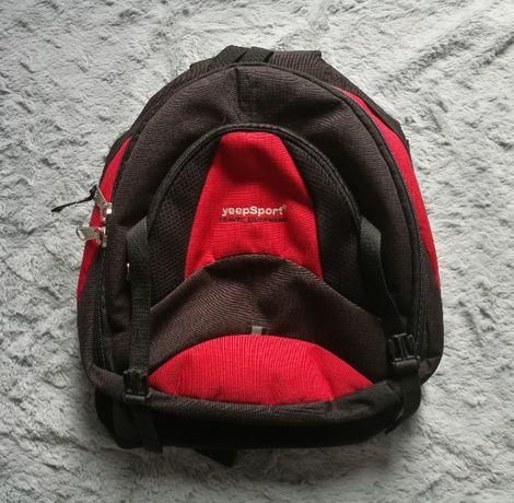 Plecak czarno-czerwony yeepSport szkolny sportowy