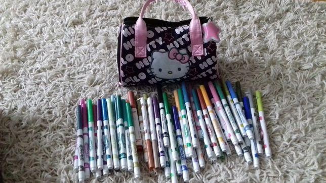 Mazaki z torebką Hello Kitty 54szt.