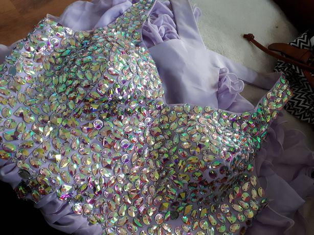 Cudna balowa sukienka