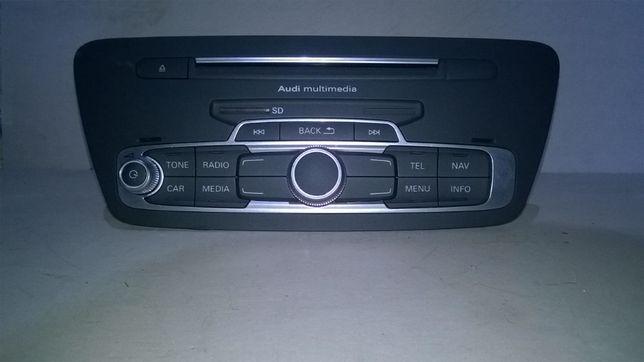 AUDI Q3 radio