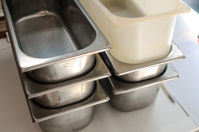 Cubas em inox e plástico para Catering - Lote de 6
