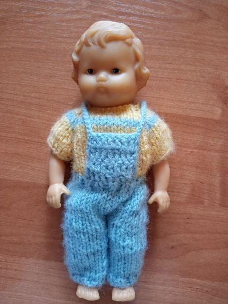 Stara gumowa lalka