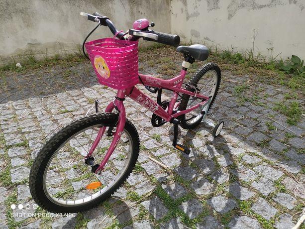 Bicicleta Criança com Rodinhas e Cestinha - Muito Gira