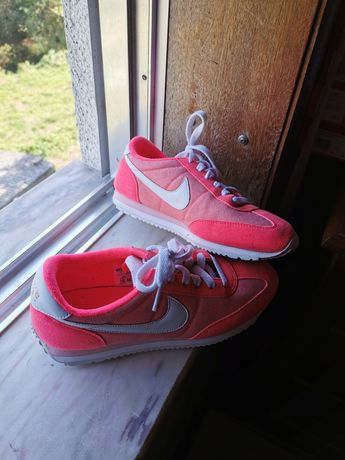 Vendo Nikes originais