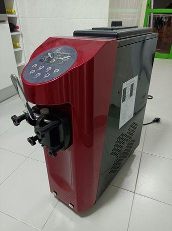 Máquina gelado soft - açaí