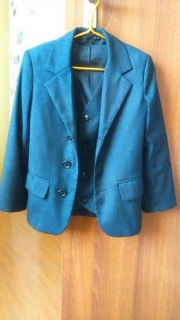 Школьный пиджак с жилетом