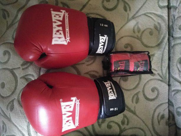 Боксерские перчатки, накладки, бинты