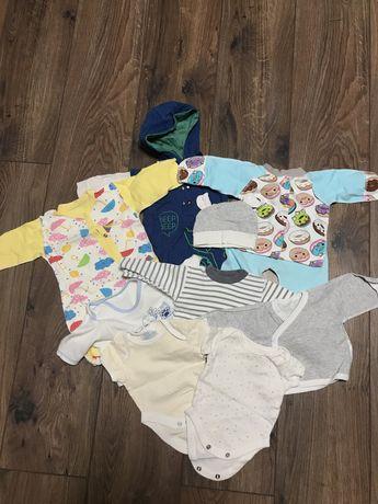 Одежда для малышей мальчик/ девочка. Возраст 0-3 месяца