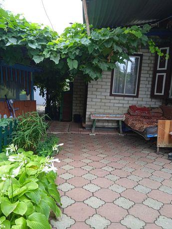 срочно продам дом с гаражом в Краснограде