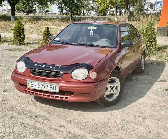 Toyota Corolla 1997 год 1.4 бензин хорошее состояние