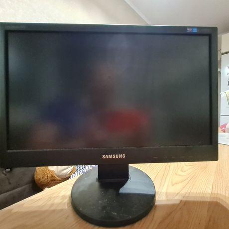 Монітор Samsung SyncMaster 943