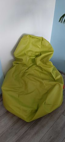 Zielona pufa z wypełnieniem