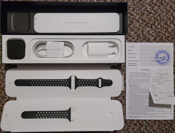 Apple Watch 5 Nike 44 mm ТОРГ.