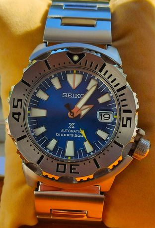Seiko Monster  Blue Coral Omega Tissot Rolex Longines Oris