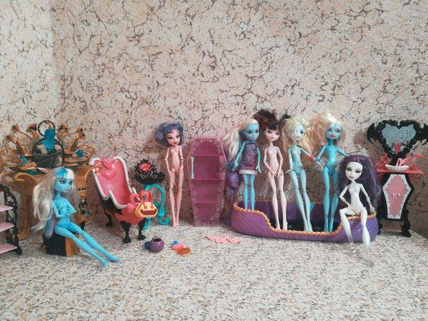 Куклы Монстр Хай и мебель,лотом