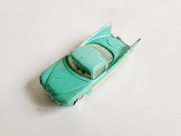 Auta Cars Mattel Lola