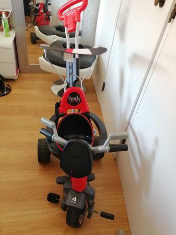Triciclo de passeio para bebé até aos 3 /4 anos