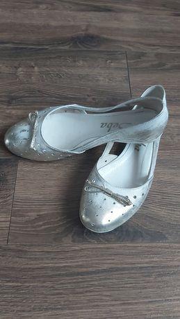 Baleriny srebrne skórzane rozm.38