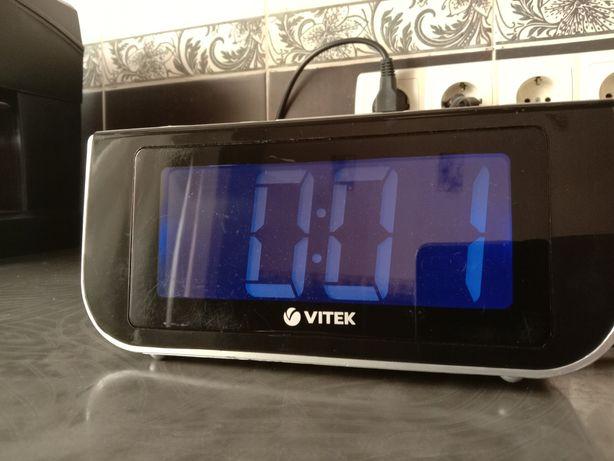 Часы Vitec