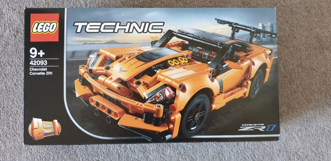 LEGO Technic Chevrolet Corvette ZR1 (42093)
