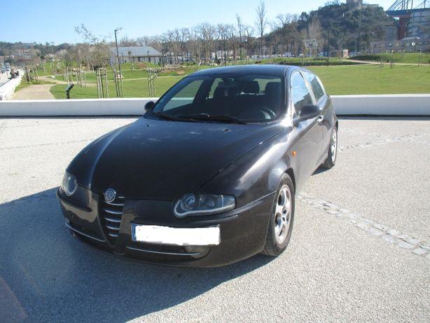 Alfa Romeo 147 1.9 JTD Plus - 03