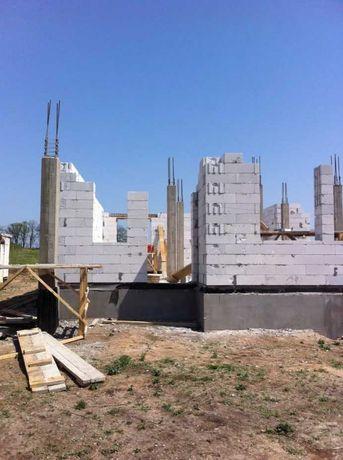 Строительство частного дома, заливка фундамент, крыши