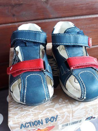 Sandalki r.25
