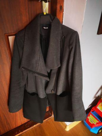 Płaszcz jesienny roz.38