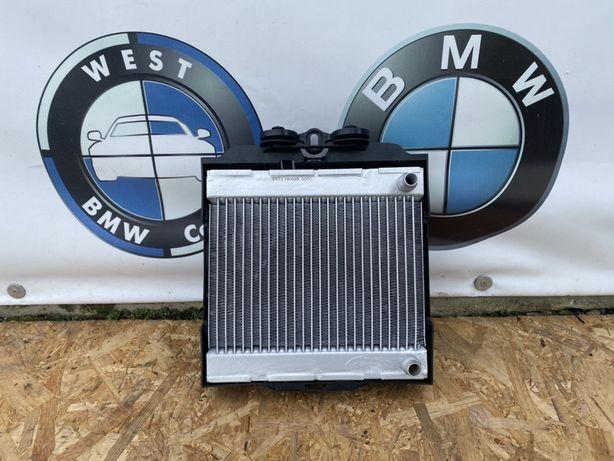 Допоміжний радіатор тосола bmw f10 f11 радиатор малий бмв ф10 ф11