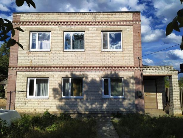 Продам двухэтажный кирпичный дом на ул.Воспоминаний в Одинковке