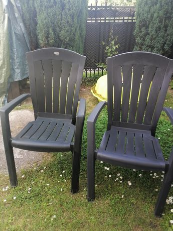 Krzesła i stół do ogrodu lub balkon