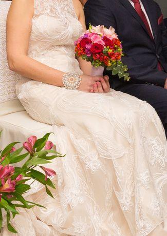 Suknia ślubna syrena Lillian West 6329