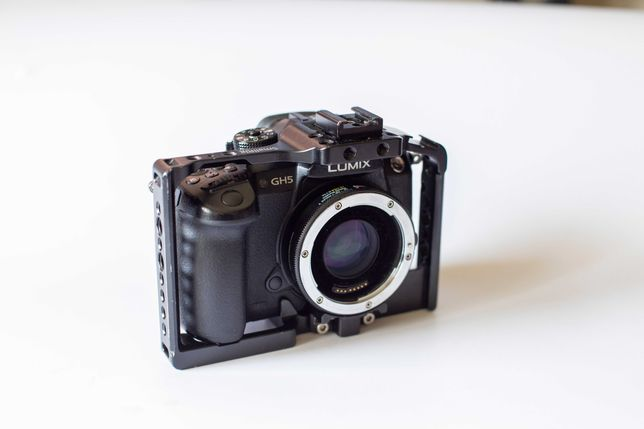 Panasonic GH5 + Vlog + metabones, klatka, zasilacz sieciowy