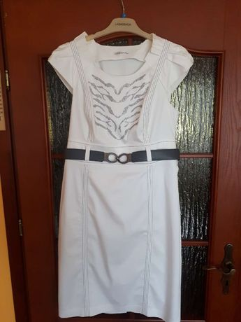 Sukienka biała r. 44 Lasagrada