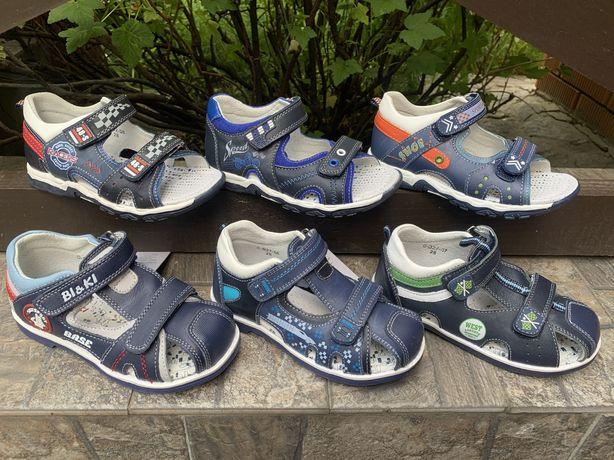 26,27,28,29,30,31р новые ортопедические кожаные сандали на мальчика