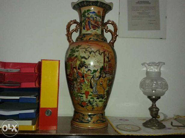 Jarros de porcelana chinesa