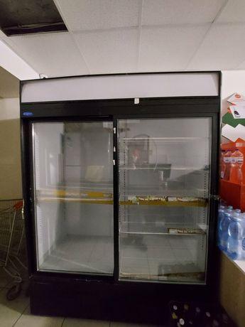 Холодильник двухдверный 1650 см.