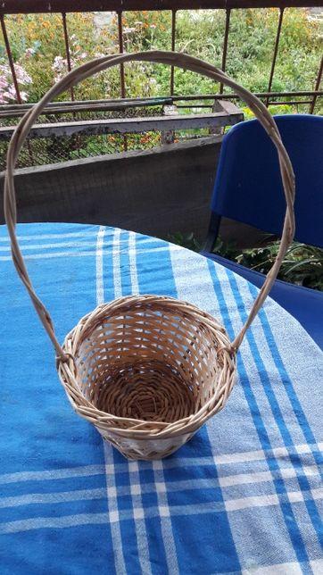 кошик , плетений з лози