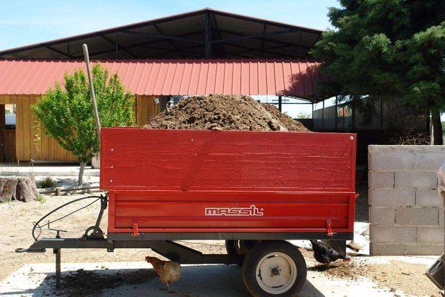 estrume cavalo /Serviços tractor/