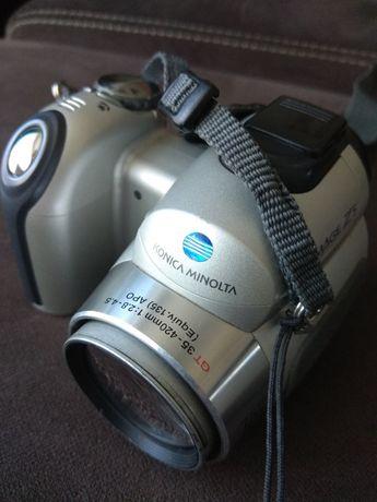Prefosjonalny aparat fotograficzny Konica Minolta Dimage Z5