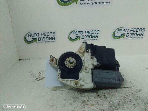 Motor Elevador Trás Drt Volkswagen Bora (1J2)