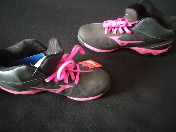Кросівки Mizuno, бутци Puma