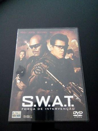 """DVD - """"S.W.A.T. Força de Intervenção"""" com Samuel L. Jackson"""