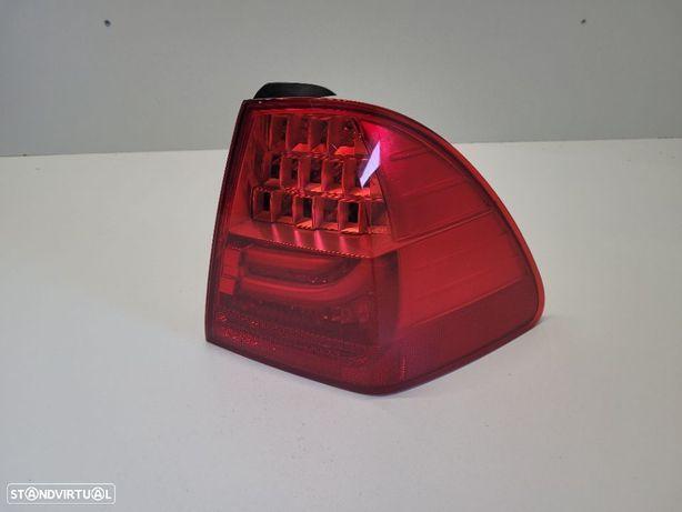 Farolim direito BMW SERIE 3 E91 LCI 7154160