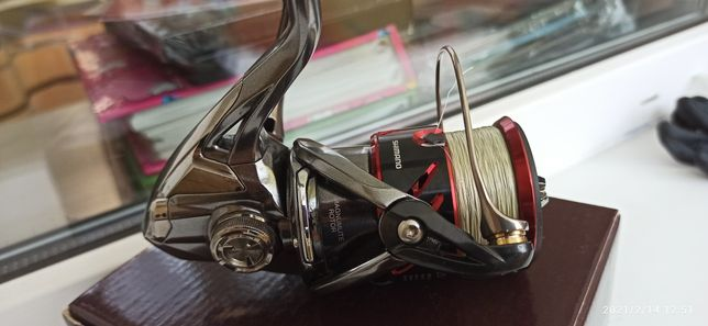 Катушка Shimano Stradic 2500