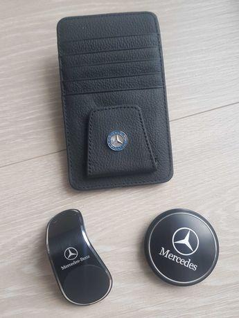 Merchandising Mercedes-Benz