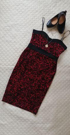 Sukienka ołówkowa  Quiz 42 XL czerwona czarne welurowe kwiaty
