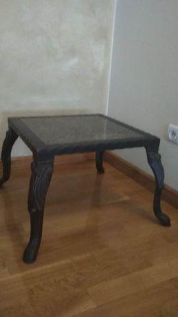 Granitowy stolik kawowy
